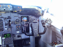 737 co-pilot cockpit side
