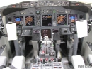 Boeing 737 full flightdeck