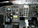 Old Boeing 737 cockpit